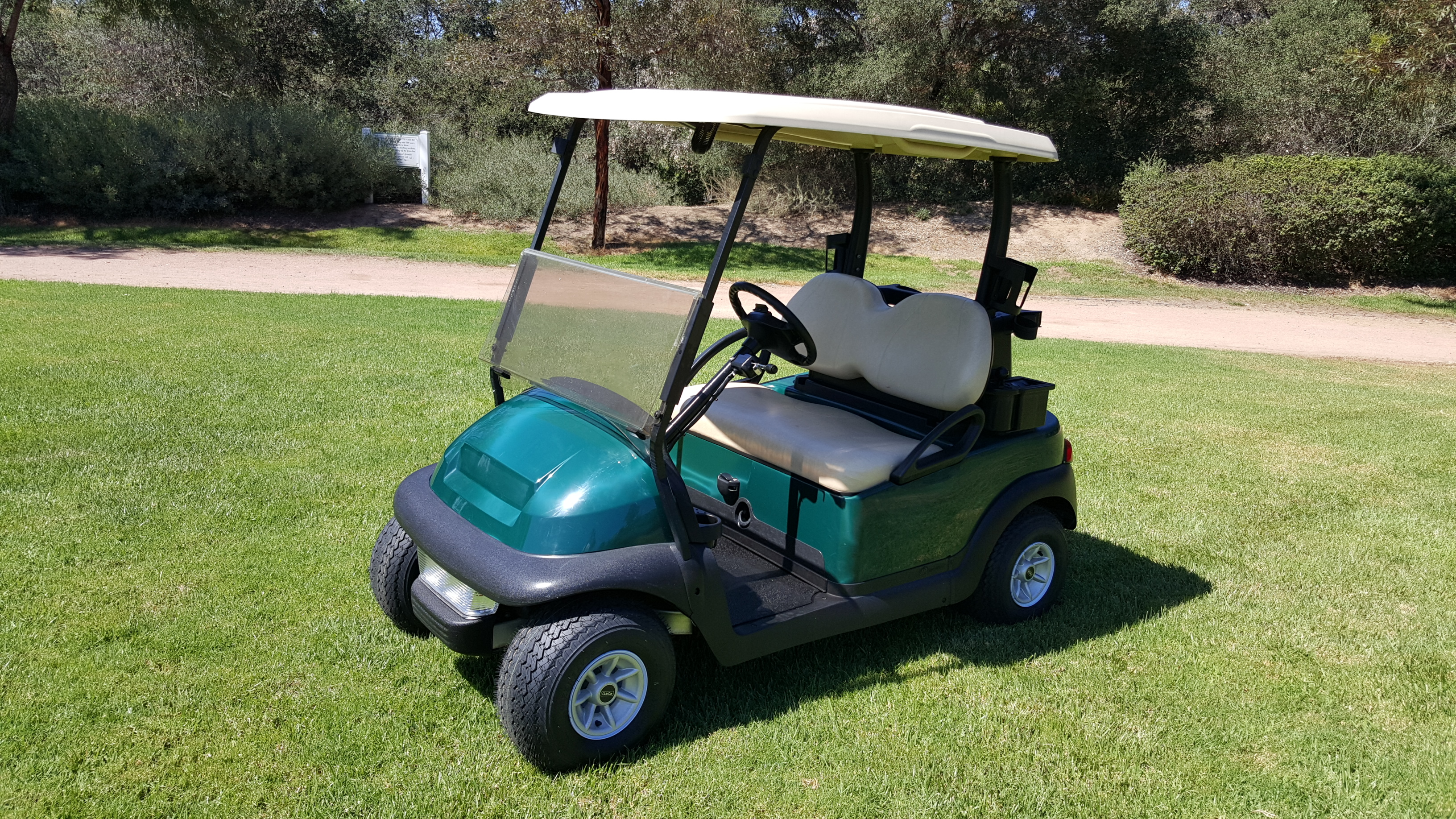 Green Club Car