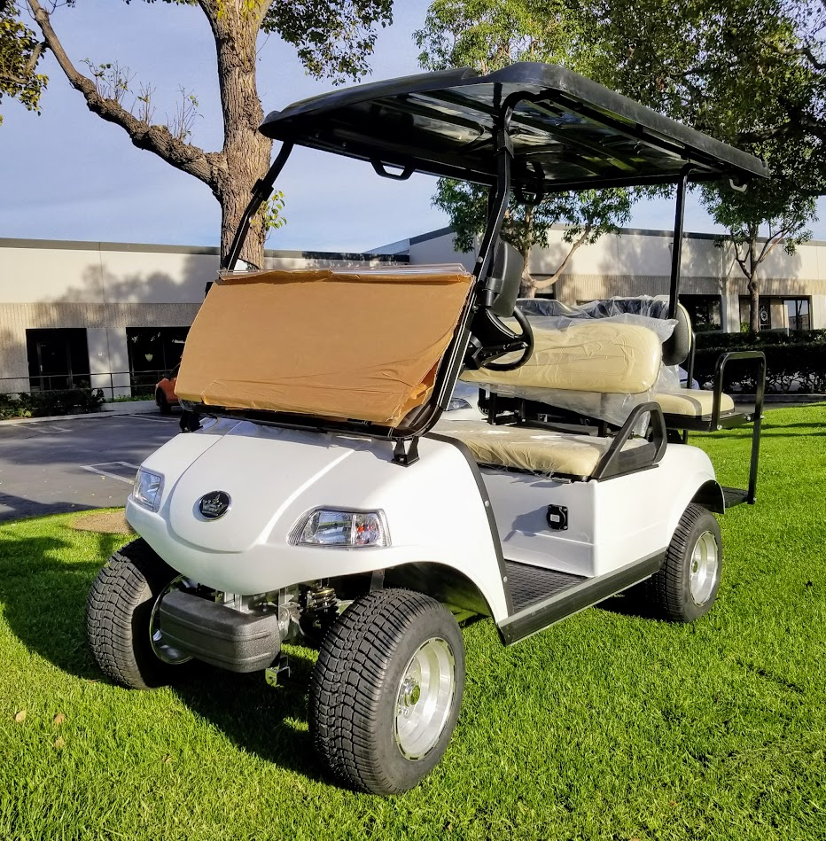 White Evolution Clic 4 Electric Golf Cart