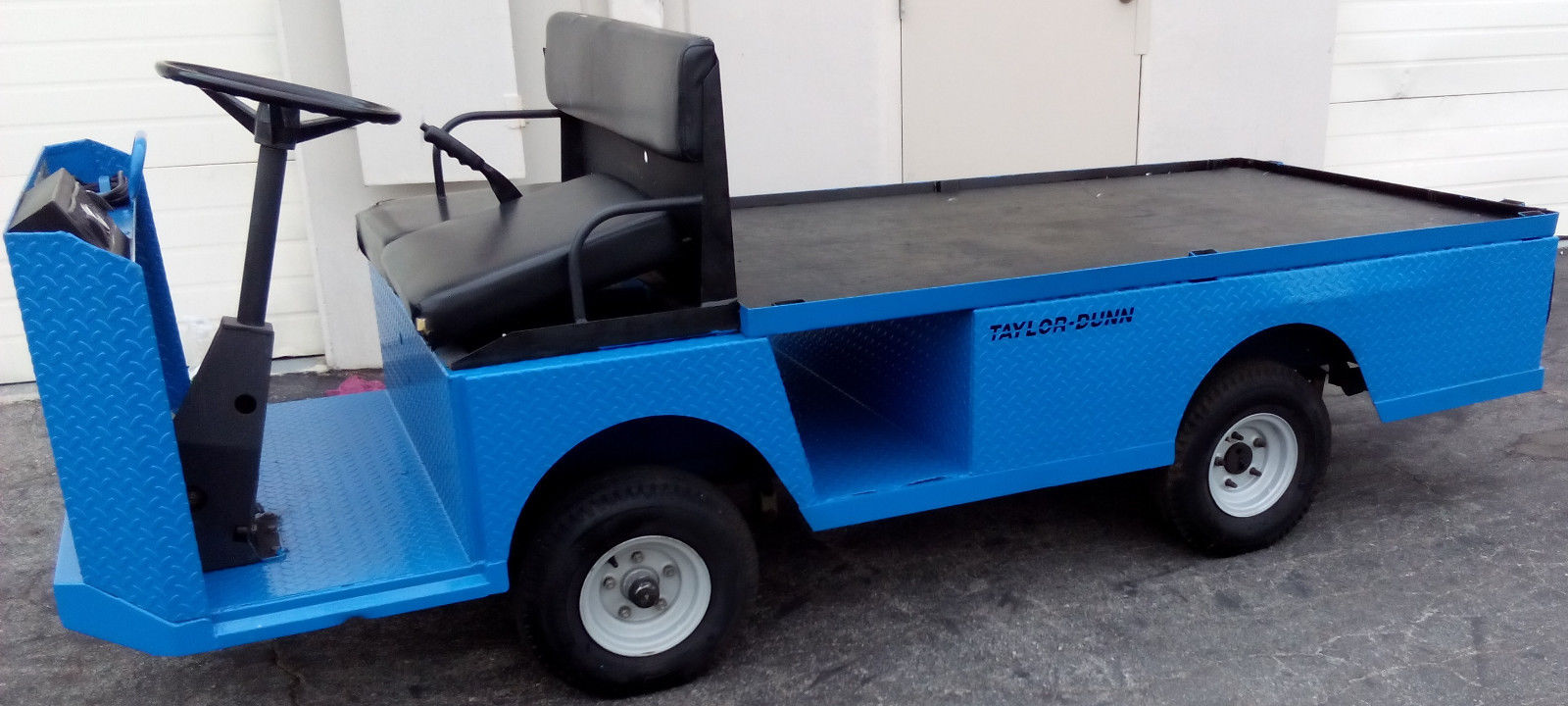 Taylor Dunn Flatbed Utility Vehicle Rental